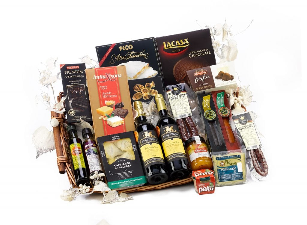 christmas-hamper-2422314_1920